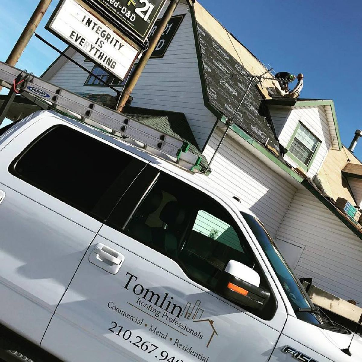 California Landmark Group Completes Westside Apartments: Tomlin Roofing Professionals